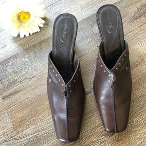 Madeline Stuart brown leather mules size 8.5